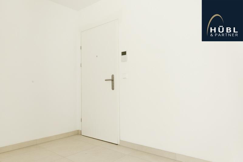 1.02 / Büro Huebl_Partner_Immobilien_Wien_Wohnen_saltenstrasse_1220 Wien_Makler_atelier_wohnen_arbeiten_01