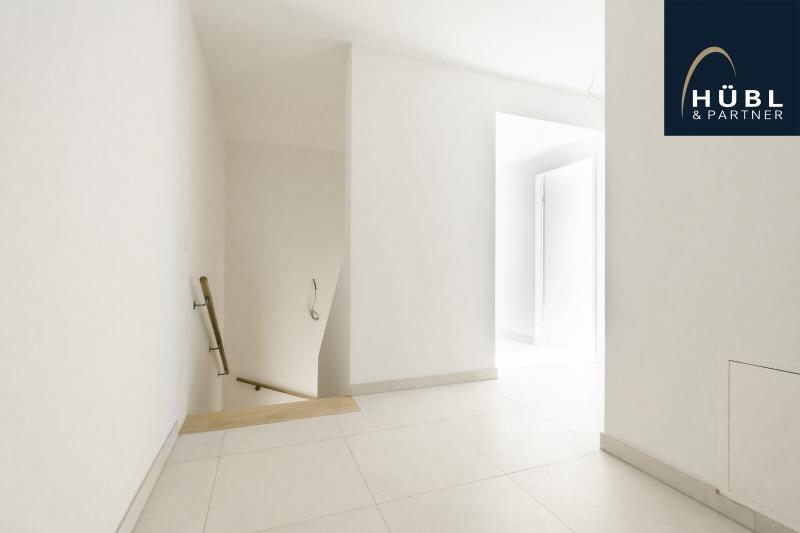 1.02 / Büro Huebl_Partner_Immobilien_Wien_Wohnen_saltenstrasse_1220 Wien_Makler_atelier_wohnen_arbeiten_02