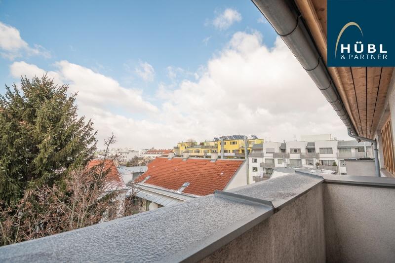 II/10 Huebl_Partner_Immobilien_Wien_Wohnen_Aribogasse_1220 Wien_Makler_Dachgeschosswohnung_Maisonette_Mietwohung-Wien004